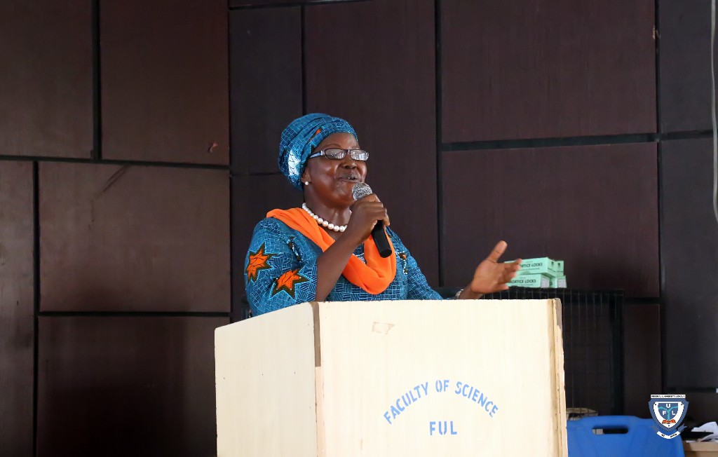 Mrs. Sara D. Yani, Head of Digital Library delivering lecture on the use of Library at the orientation programme