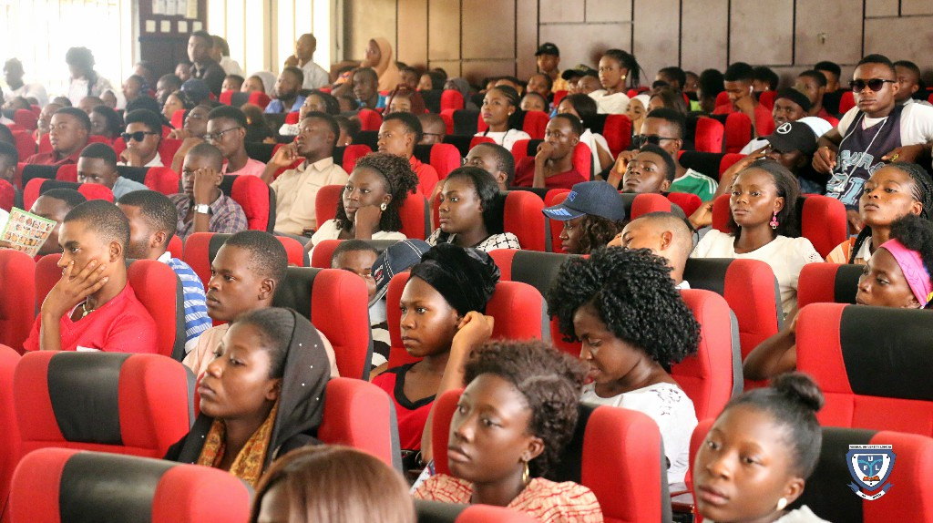 Cross section of fresh students from the Faculty of Arts and Social Sciences at the orientation programme